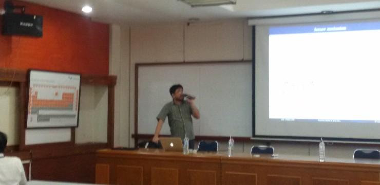 Seminar Fisika-UI: Julio, Ph.D, Research Center for Physics   Indonesian Institute of Sciences   LIPI.