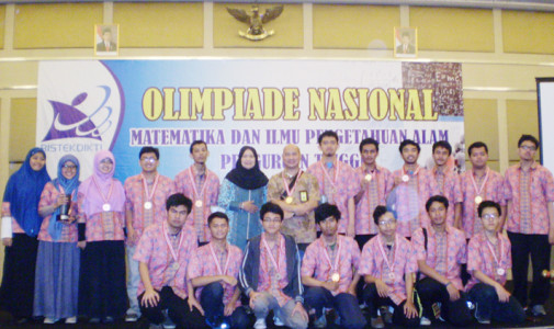 UI Juara Umum 2 ON MIPA-PT DIKTI 2015
