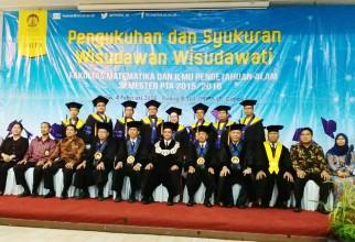 Pengukuhan dan Syukuran Wisudawan Wisudawati FMIPA UI Semester PTA 2015/2016
