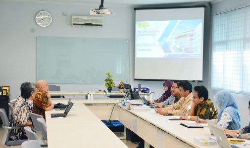 Prodi S2 Ilmu Kimia FMIPA UI Jalani Visitasi Akreditasi BAN-PT