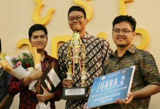 Student of FMIPA UI Wins 2nd Place in Indonesian Debate Contest