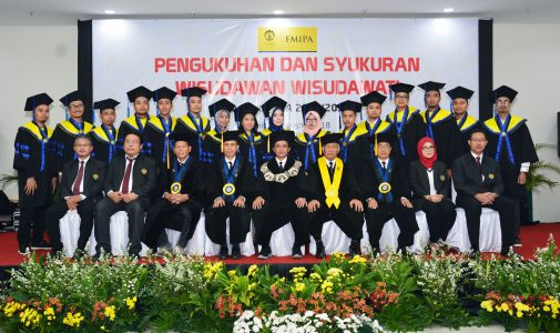 FMIPA UI Graduated 477 Graduates Academic Year 2017/2018