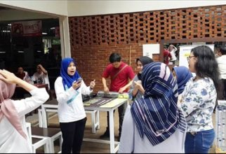 BEM FMIPA UI Becomes Part of the Environmental Fighters at UI Campus Tumbler Day
