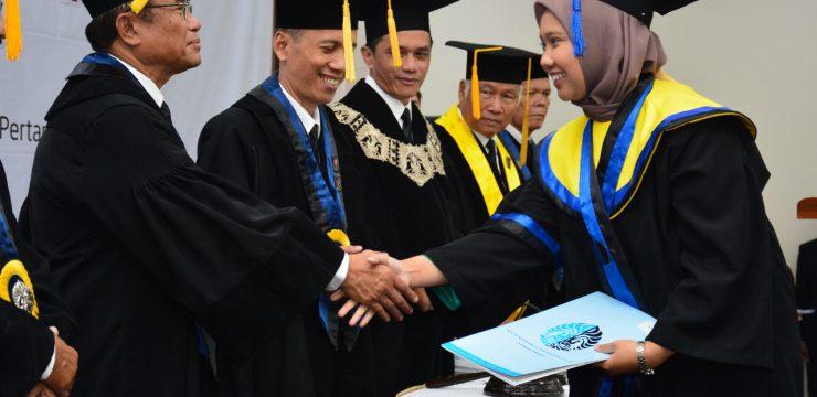FMIPA UI Kukuhkan Lulusan Pertama Prodi Sarjana Statistika dan Geologi