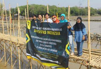 Tim Pengmas FMIPA UI Kembangkan Ekowisata Mangrove Ramah Lingkungan