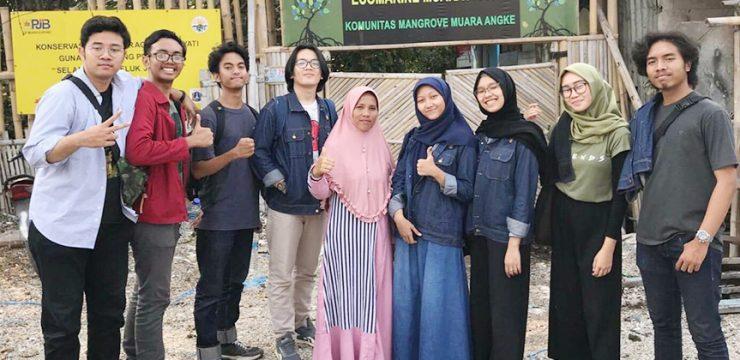 BEM FMIPA UI Gelar Aksi Donasi di Kampung Kerang Hijau