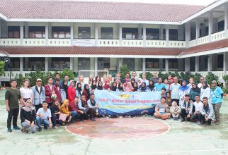 The Winter School Program 2020: Community Engagement About Plastic Pollution with Students of SMAN 69 Jakarta
