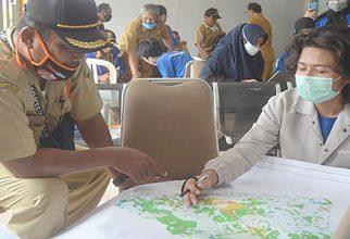 Departemen Geografi FMIPA UI Memperkenalkan Peta Digital Berbasis SIG di Desa Kecamatan Ciracap